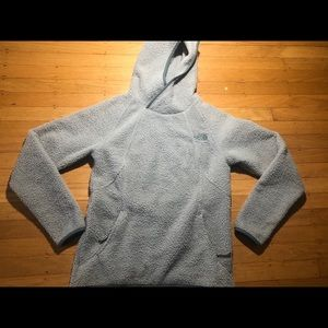 The North Face Fuzzy Pullover Sz Small